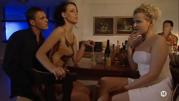 Bokep Surprise anal in bar